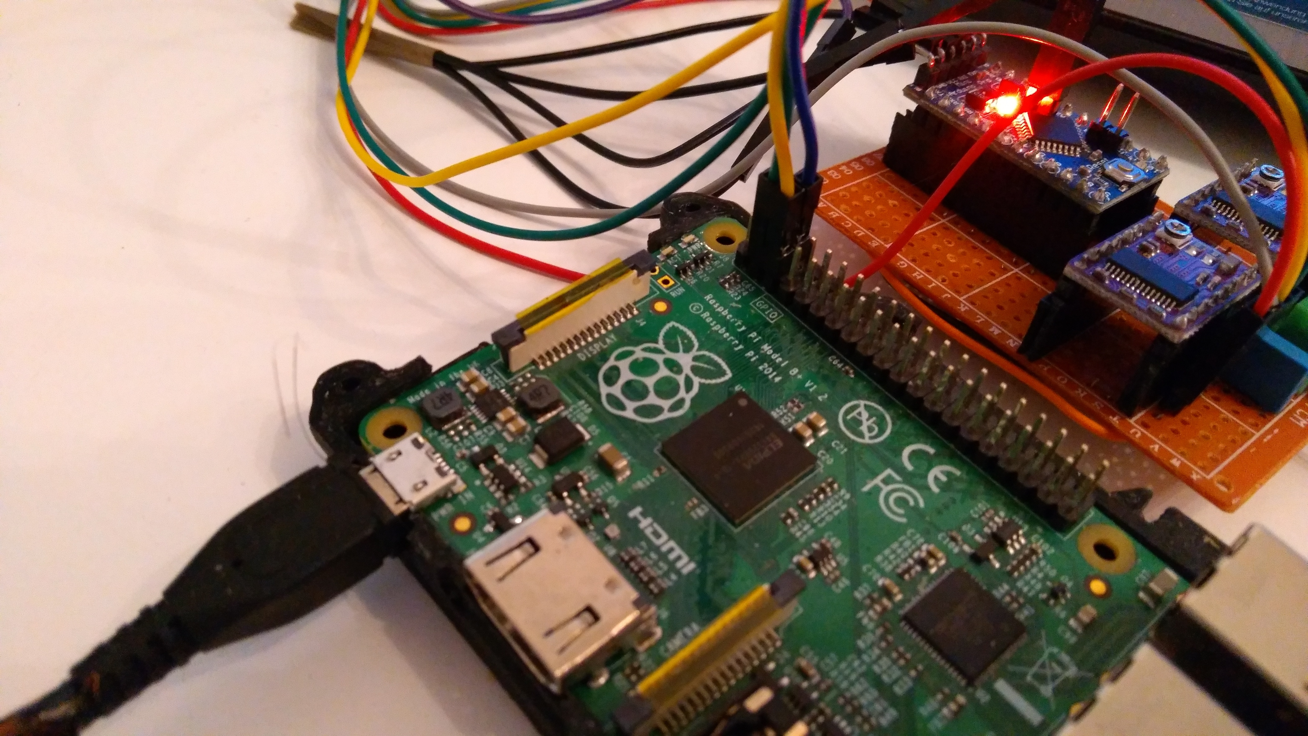 I2C communication between RaspberryPi B+ and Arduino pro mini